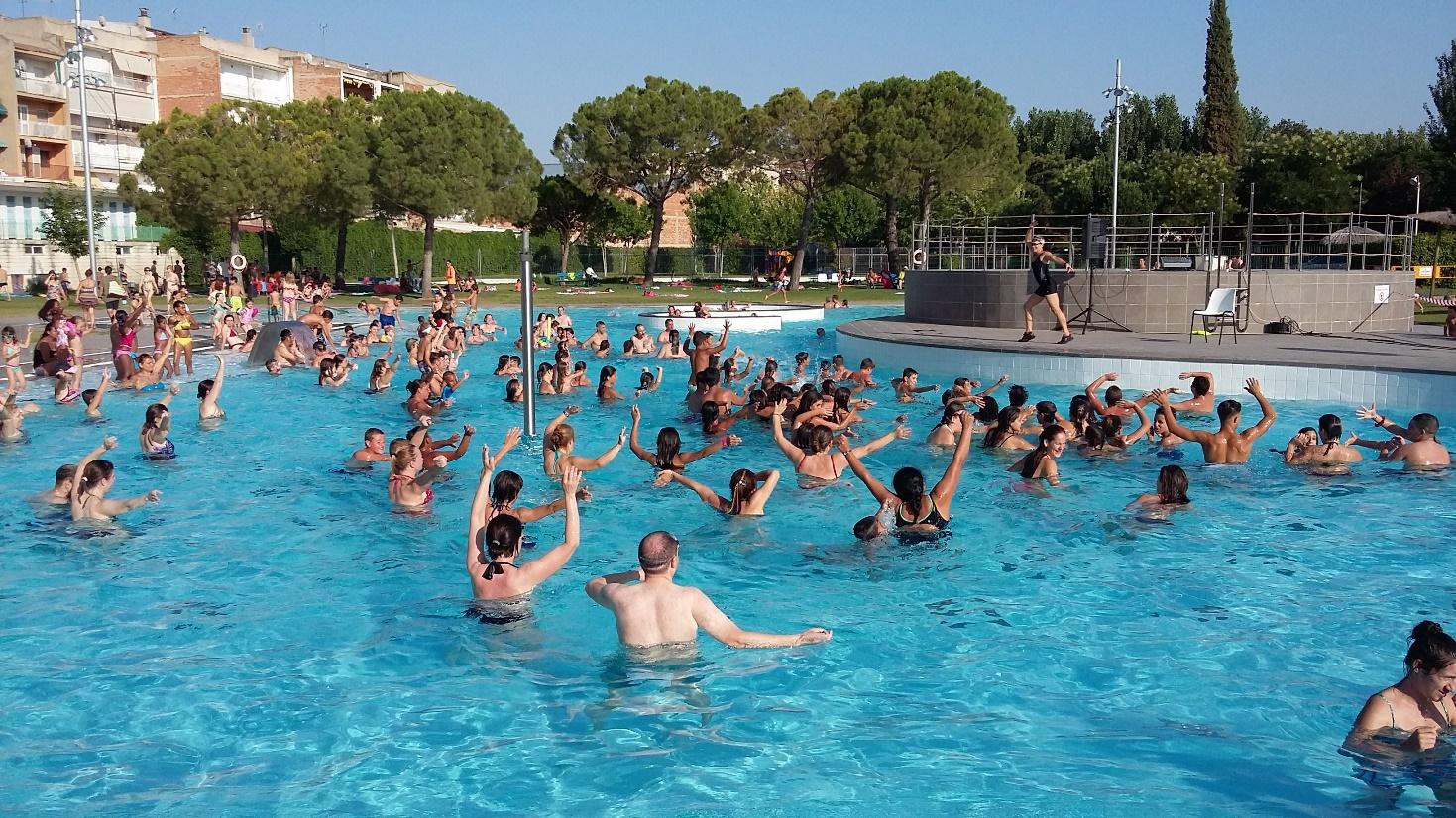 La piscina coberta obre portes pel bany lliure el dia 21 i a partir de l'1 d'octubre engega amb 74 cursets