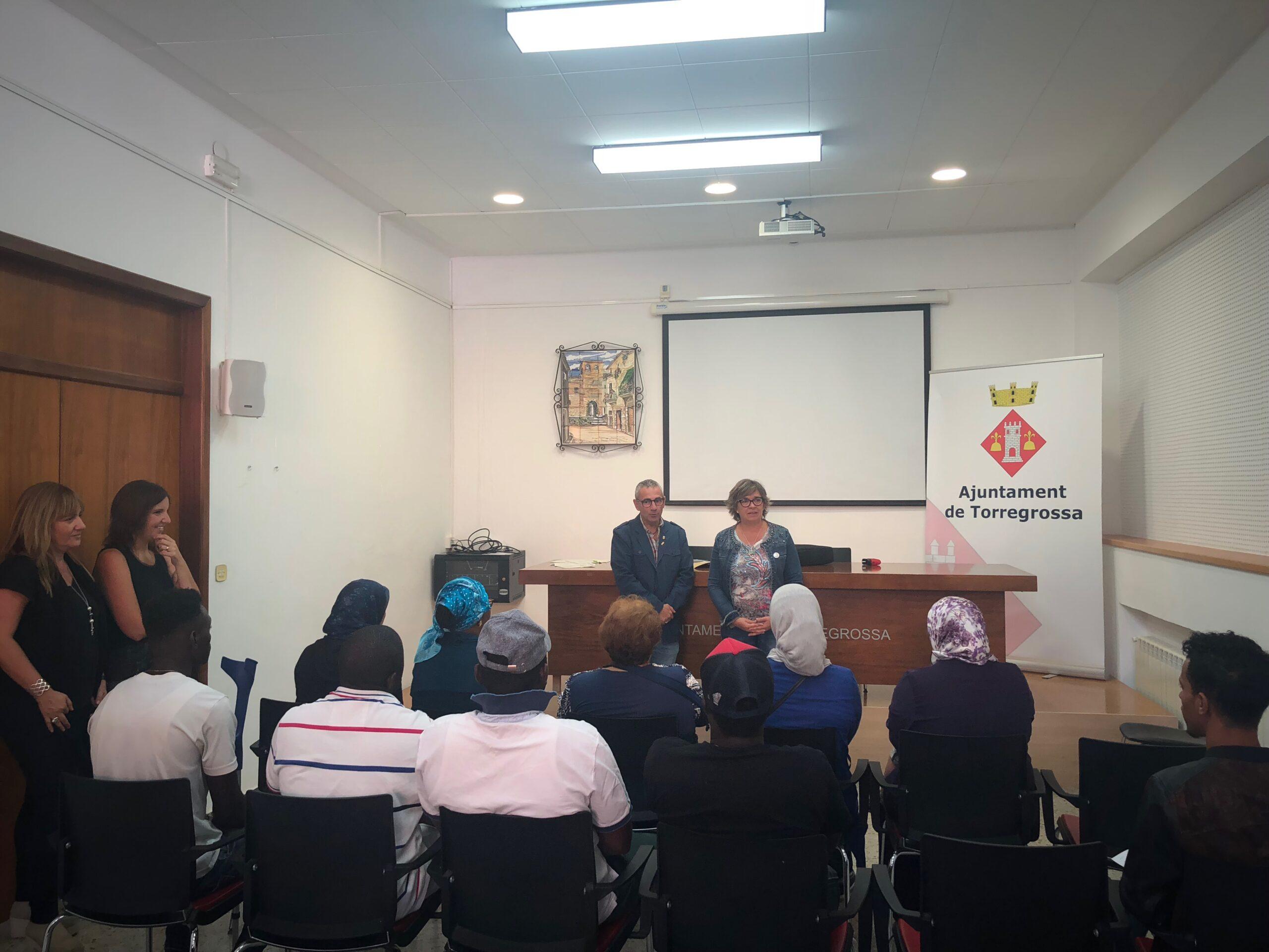 Foto curs d'alfabetizació de català a Torregrossa