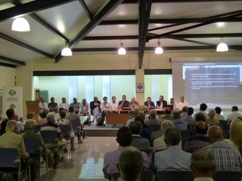 Un instant de l'Assemblea General de Socis de la Cooperativa d'Ivars. FOTO: Cooperativa d'Ivars.