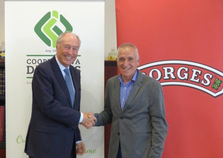 Acord entre la Cooperativa d'Ivars i Borges Agricultural & Industrial Nuts per a desenvolupar el cultiu de pistatxos entre els seus associats