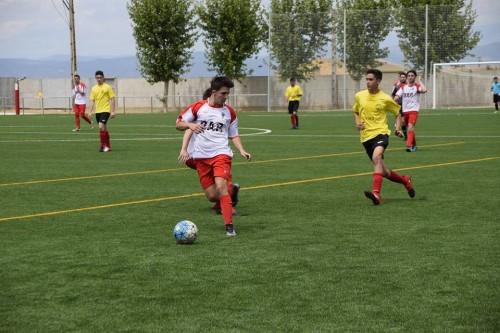 Un dels partits disputats al nou camp de futbol de Linyola. FOTO: Ajuntament de Linyola.