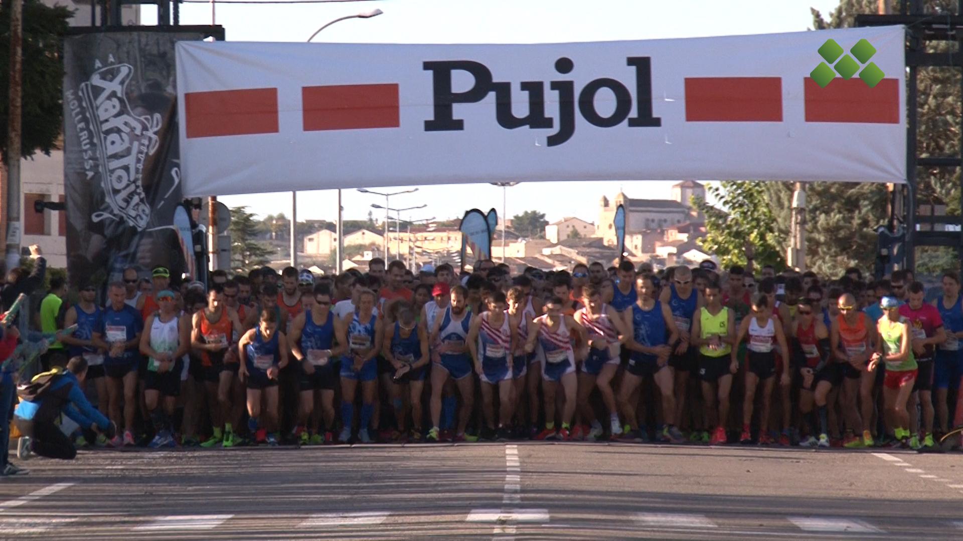 La Plaça de l'Ajuntament de Mollerussa plena en els diferents actes per la Marató de TV3 i Catalunya Ràdio
