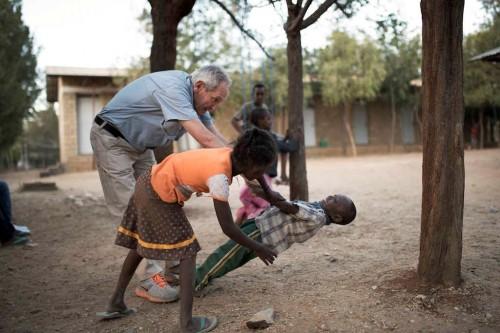 El projecte amb els infants orfes, un dels més emblemàtics d'Ángel Olaran. FOTO: CIS Ángel Olaran.
