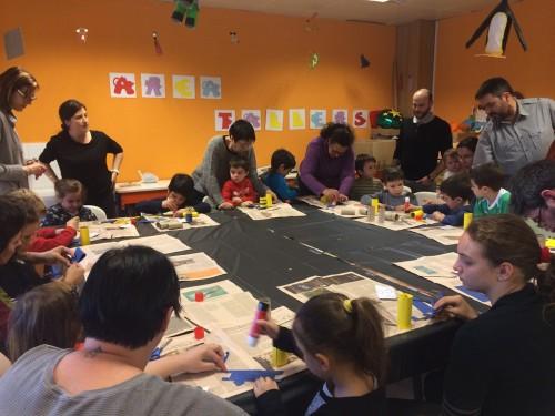 Un dels tallers per al públic infantil de la biblioteca. FOTO: Ajuntament de Mollerussa.