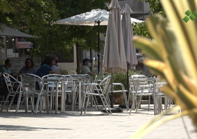 El Ple de Mollerussa aprova l'ordenança que condicionarà el mobiliari de les terrasses de bars i restaurants