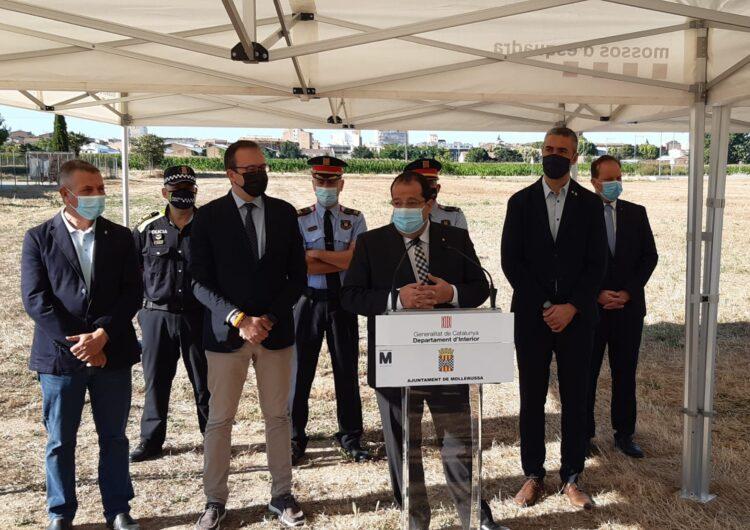 El Conseller d'Interior, Joan Ignasi Elena, visita els terrenys de la futura comissaria de Mossos de Mollerussa